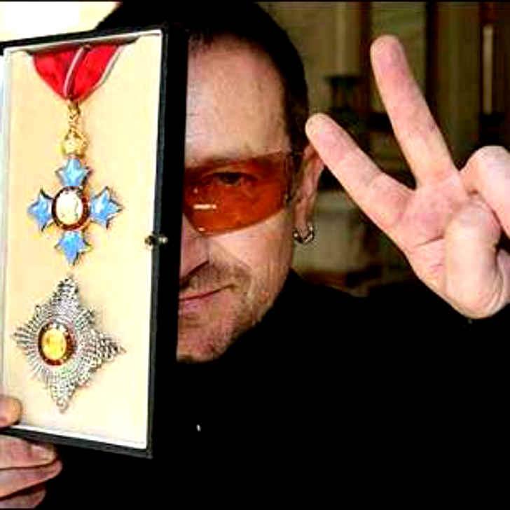 U2 ボノ フリーメイソン