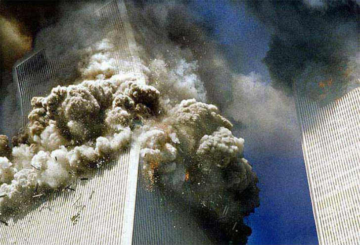 ツインタワー崩壊 ビル解体