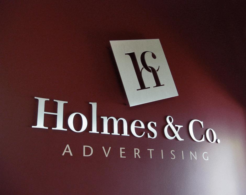 Holmes photo logo2