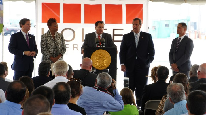 From Left to Right: State Senator Donald Norcross, Camden Mayor Dana Redd, Dr. Kris Singh (Holtec), New Jersey Governor Chris Christie, and Kevin Castagnola (Executive Director & CEO, South Jersey Port Corporation)