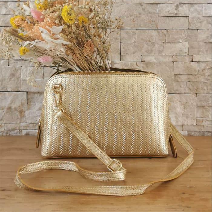 sac à main doré rigide cuir tressé