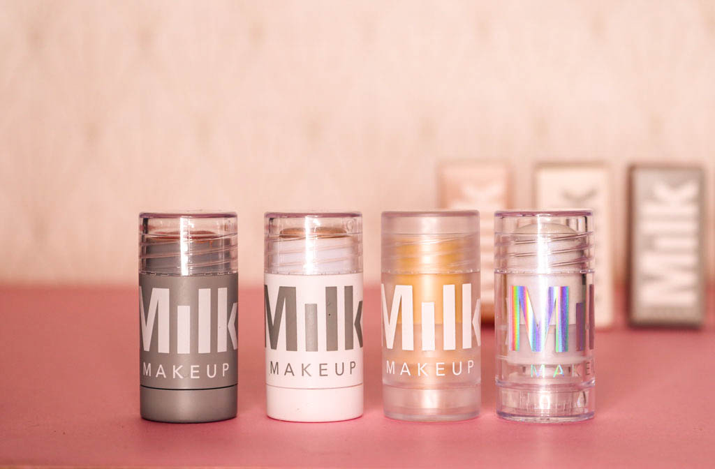sticks de la marque milk make up avec le blush les hilighters et la base floutante