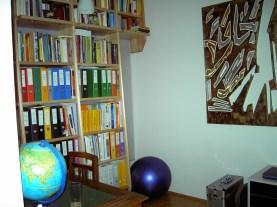 Bücherregal Lindeholz