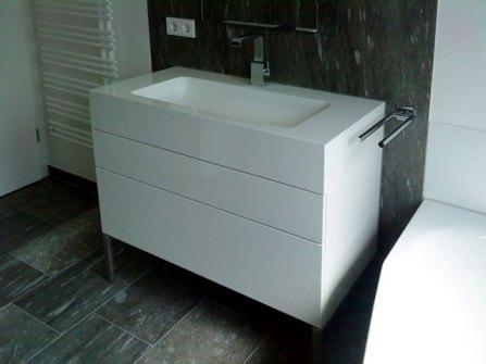 Küche und Bad