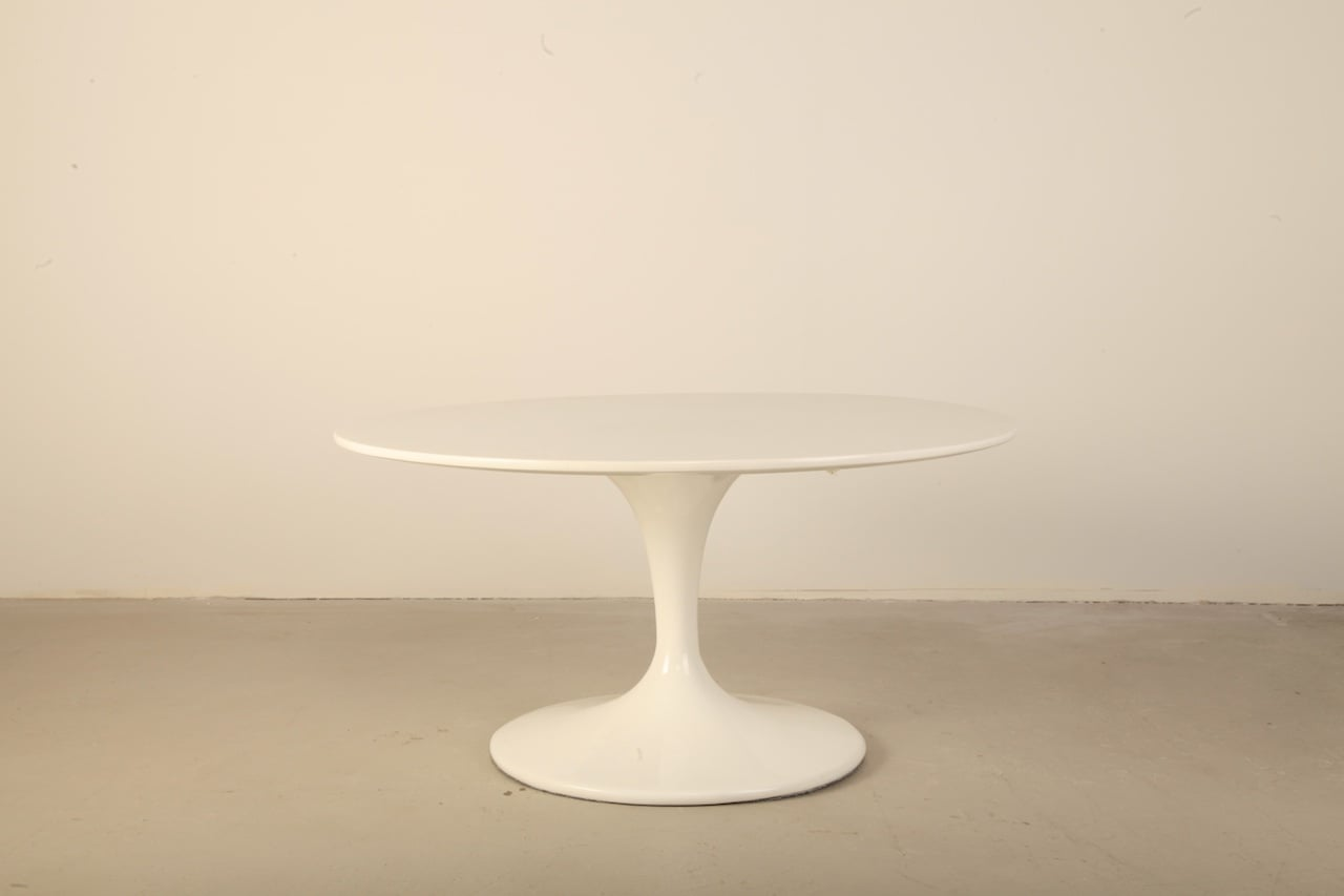 tulip table and chairs nz revolving chair bd price coffee fiber glass top homage