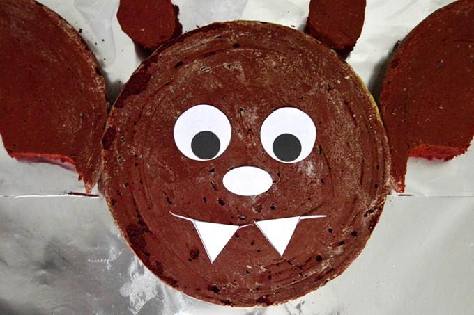 Bat Cut-Up Cake | Homan at Home