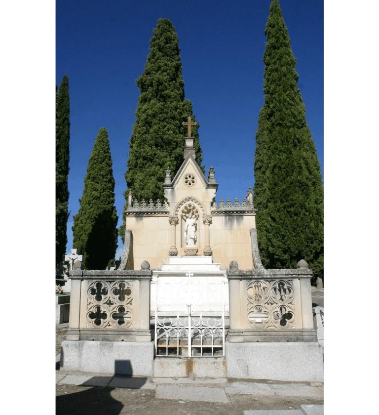 arquitectura funeraria cementerio municipal de Toledo A de Mingo hombredepalo03