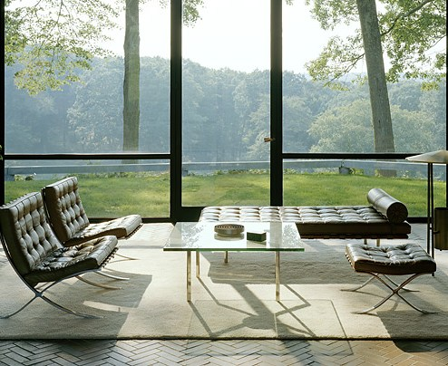 "Muebles Barcelona, ""Glass House"" de Philip Johson, 1949."