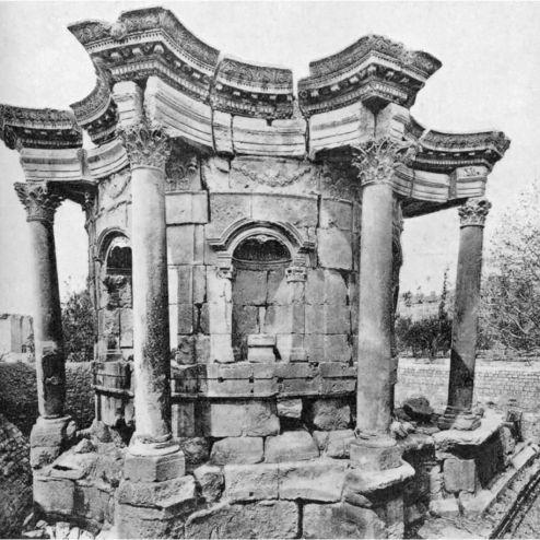 Templo de Venus en Baalbek. Líbano (15 a.C.))
