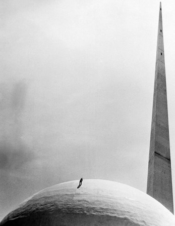 La Aguja y la esfera. 1939
