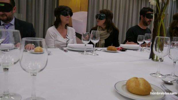 Cena a ciegas
