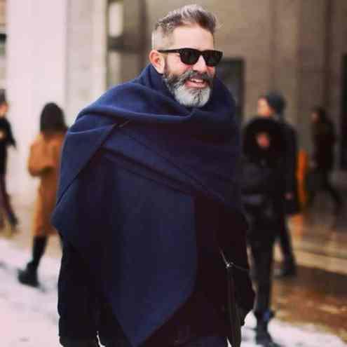 men-in-blankets-streetstyle-3