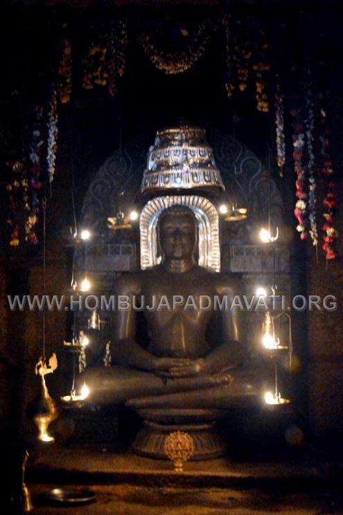 Varanga-Jain-Math-Kere_Basadi-Doni-Vihar-Pooja-2017-0027