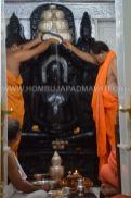 Hombuja-Jain-Math-Rathotsava-Parshwanath-Swamy-Abhisheka-02