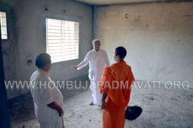 Hombuja-Jain-Math-Dharmasthala-Veerendra-Hegde-Visit-0011