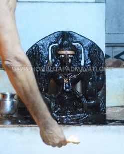 Humcha_Hombuja_2017_Shravanamasa_Pooja_4th_Friday_18-8-2017_0035