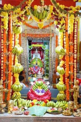 Hombuja-Jain-Math-Humcha-Navarathri-Dasara-Celebrations-Pooja-Day-04-0005