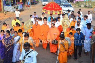 Hombuja-Humcha-Jain-Math-Visit-Nirmalananda-Swamiji-Adichunchanagiri-0001