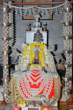 Hombuja-Humcha-Jain-Math-Padmavati-Vidhana-Acharya-Muni-108-Sri-Devanandi-Maharaj-Sangh-0001