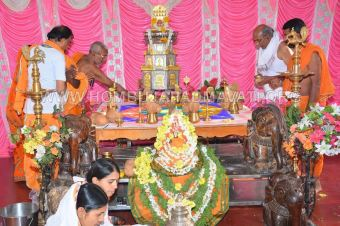 Hombuja-Humcha-Jain-Math-Padmavati-Vidhana-Acharya-Muni-108-Sri-Devanandi-Maharaj-Sangh-0011