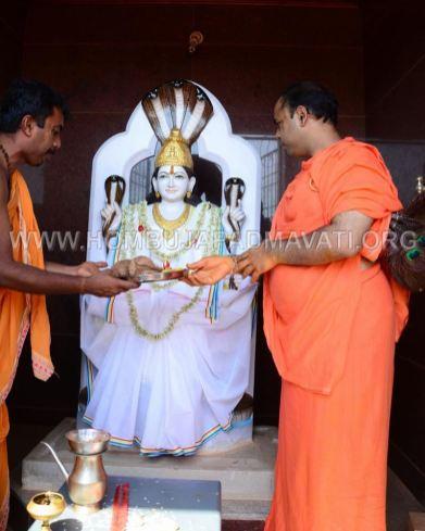 Guddadada-Parshwanath-Basadi-Jain-Temple-Abhisheka-Humcha-Hombuja-Jain-Math-18th-March-2018-0019