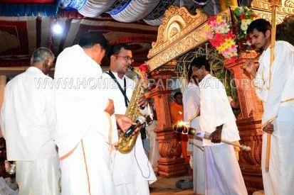 Hombuja-Humcha-Jain-Math-Rathyatra-Evening-0022