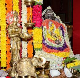 Navaratri-Dasara-Hombuja-Humcha-Jain-Math-2018-Day-02-0004