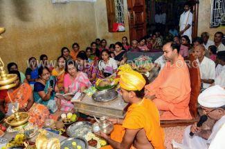 Navaratri-Dasara-Hombuja-Humcha-Jain-Math-2018-Day-05-0037