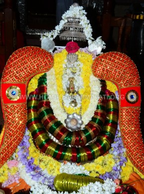 Navaratri-Dasara-Hombuja-Humcha-Jain-Math-2018-Day-06-0006