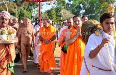 Acharya-Vardhamansagarji-Maharaj-Muni-Sangh-Hombuja-Jain-Math-Mangala-Pravesha-0014