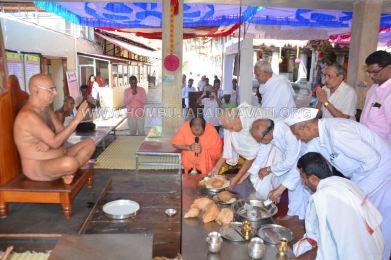 Humcha-Hombuja-Digambar-Jain-Math-Ugdi-Special-Pooja-0016