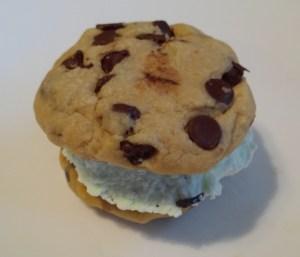 How to Make Homemade Ice Cream Sandwiches
