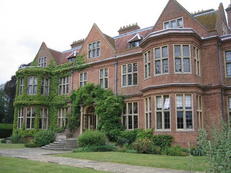 Архитектура дома в английском стиле