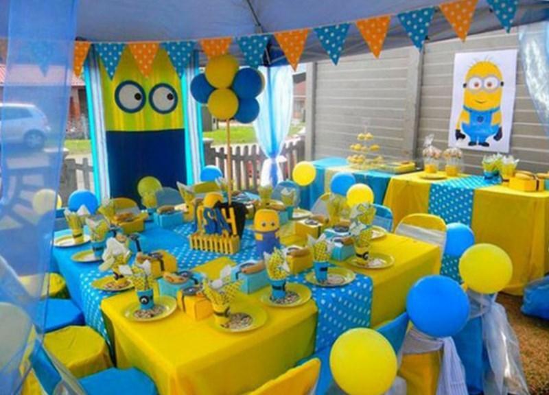 украсить комнату на день рождения мальчика