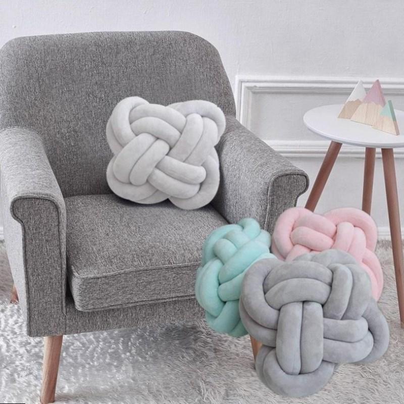 Декоративные подушки узлы
