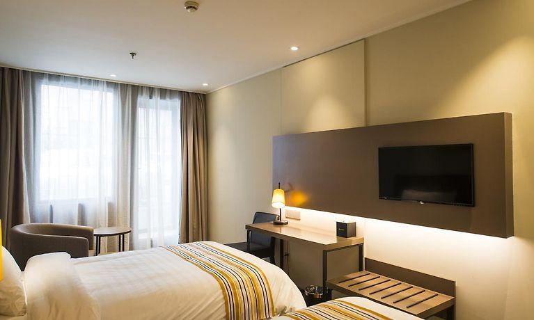 Hotel Home Inn Plus Shanghai Pudong Lujiazui Expo Park South