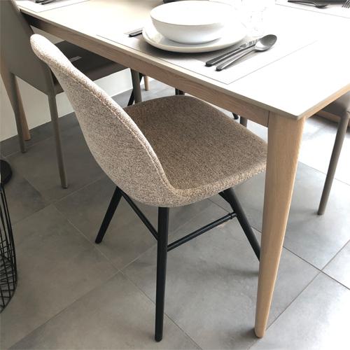 chaise-tissu-sacandinave- scènes dintérieur- lyon -zuiver
