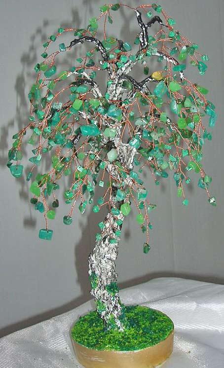 дерево из камней и бисера бонсай