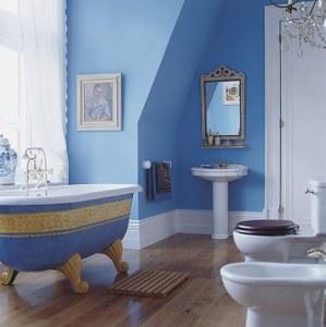 ванная голубая