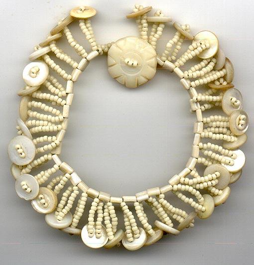 ожерелье из бисера и пуговиц мастер-класс