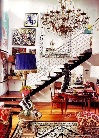яркий декор помещения