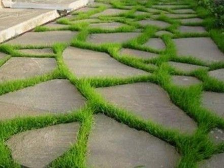 Мощение садовых дорожек камнем