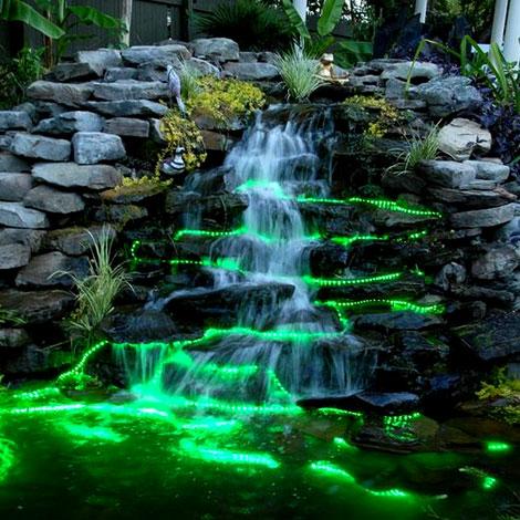 Подсветка водопада неоновыми шнурами