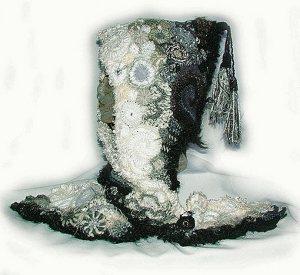 шапка-шарф крючком в стиле фриформ