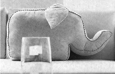 декоративная подушка слон