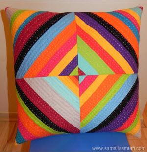 Подушка цвета радуги своими руками