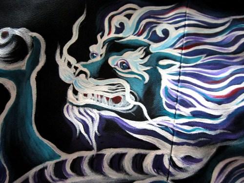 Роспись куртки акрилом - автор Shraddha (3)