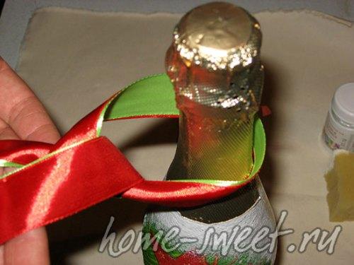 Красивая подарочная лента на бутылку шампанского