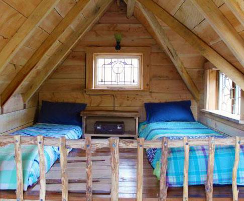 Мансардный этаж небольшого дачного домика
