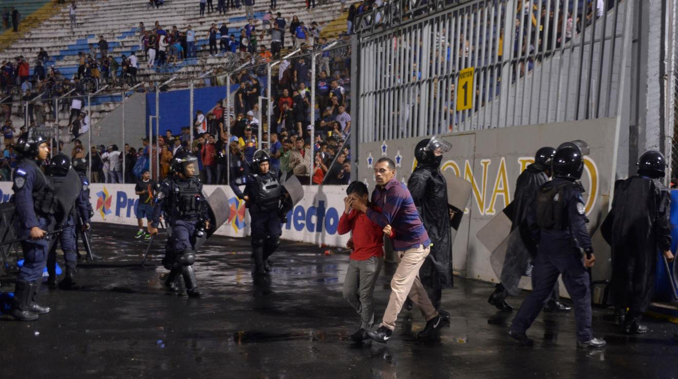 Image result for pictures of the clash in Honduras on saturday.